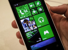 How to set your windows phone wallpaper